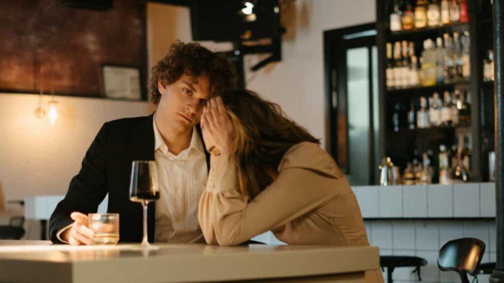desilusion de pareja, por que se ha perdido la ilusion en la relacion, aburrimiento en la relacion, idealizamos a nuestra pareja