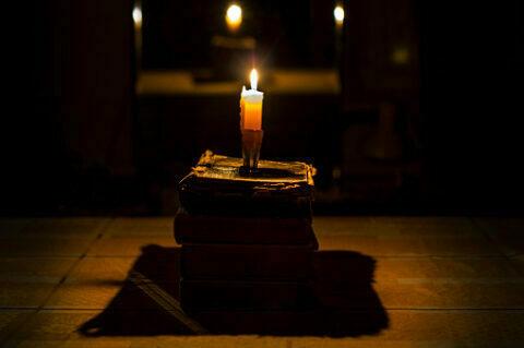 ¿Qué nos dicen las llamas de las velas de nuestros rituales?